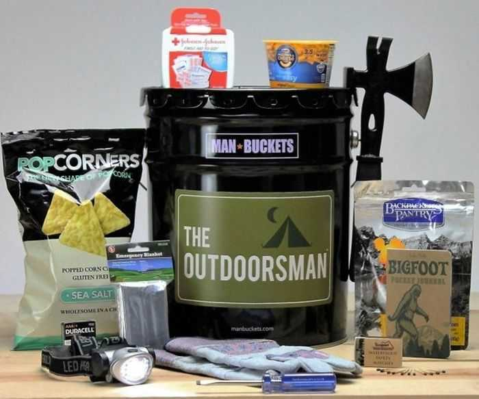 Man-Buckets-Gift-For-Guys-Review-002
