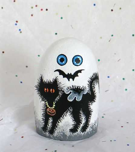 Halloween Painted Rocks  Ghost With A Scared Black Cat