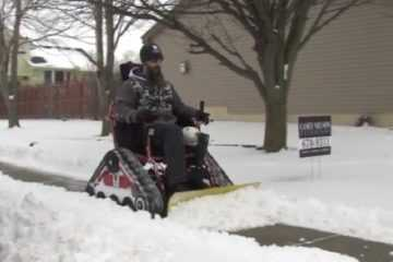 Veteran Turns His Wheelchair Into A Snow Plow - Then Plows The Entire Neighborhood Video Featured